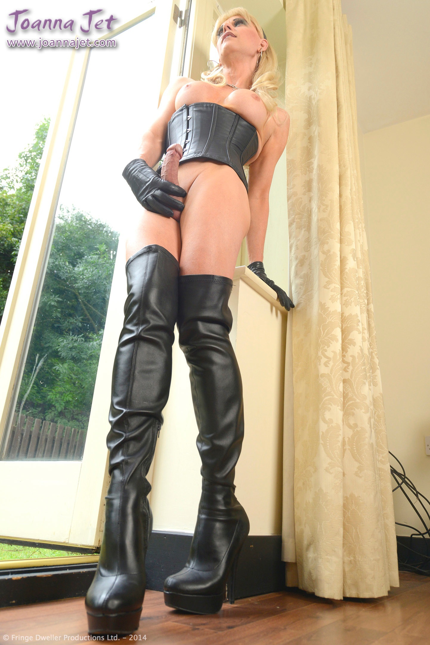 Leather boots transvestite porn