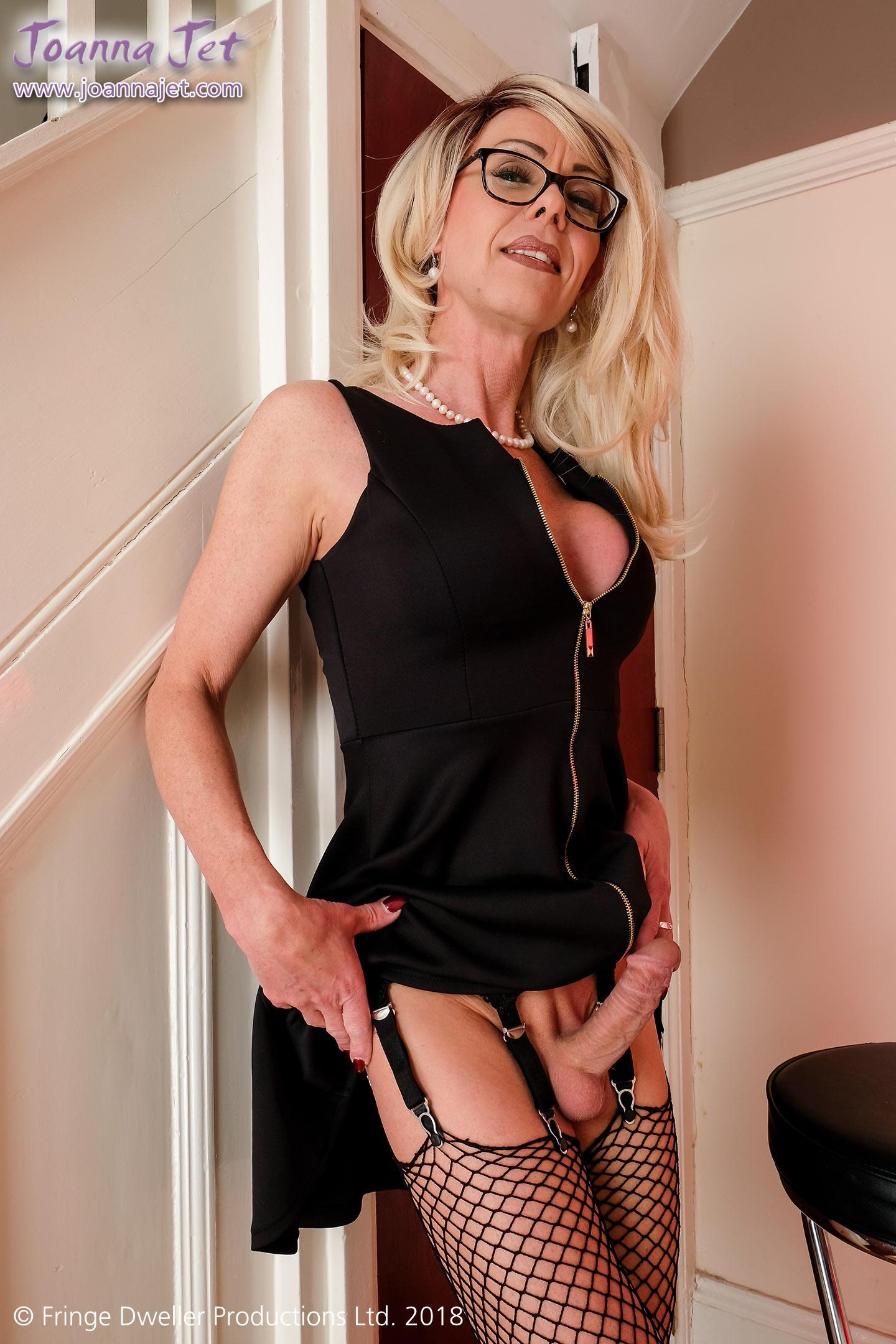 Sexy nurse porn pics