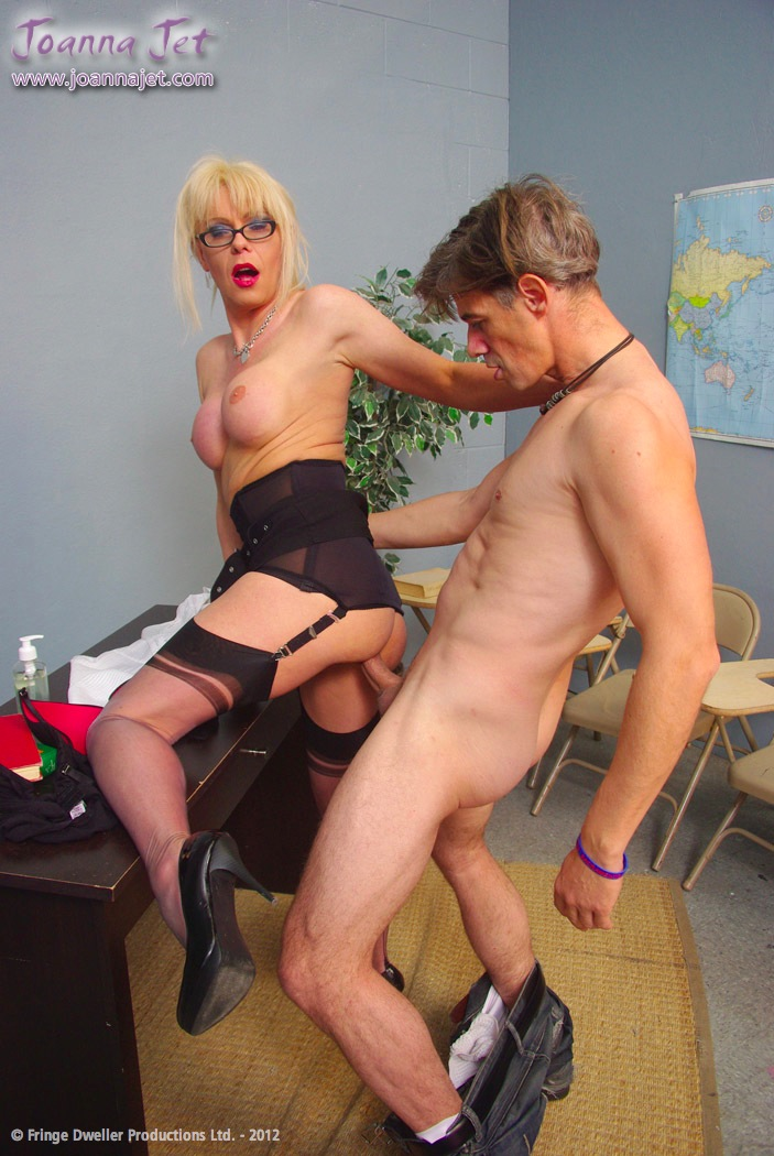 Mes Joanna spanking quite thing