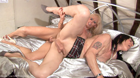Shemale Tranny Hunter - Jennifer English